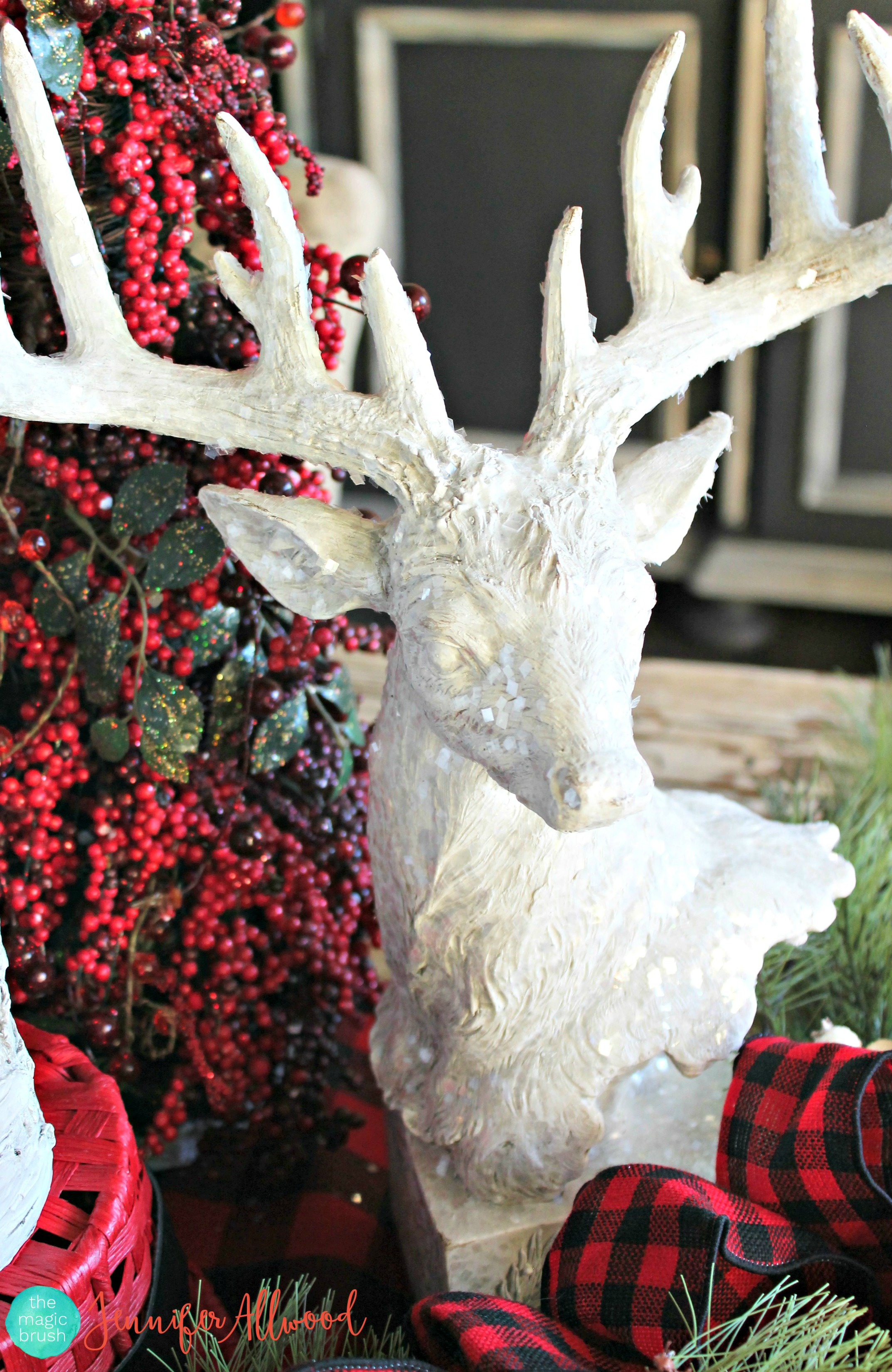 Plaid Tablescape for Christmas | Magic Brush